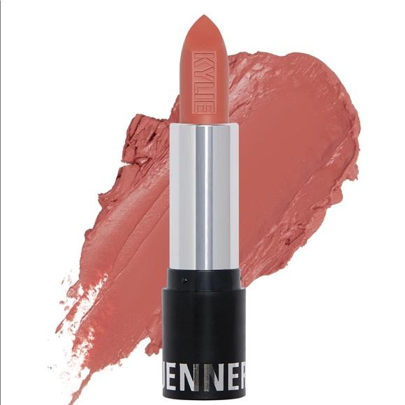 Kylie Jenner matte lipstick